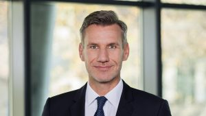 Markus Scholz ist Professor für Nachhaltigkeitsmanagement und leitet das Institute for Business Ethics and Sustainable Strategy an der FH Wien © FH Wien